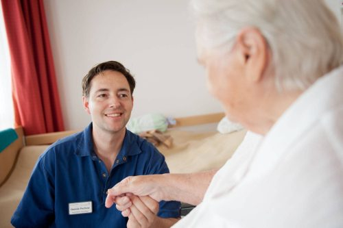 Pflegefachkraft für den Dauernachtdienst (m/w/d)